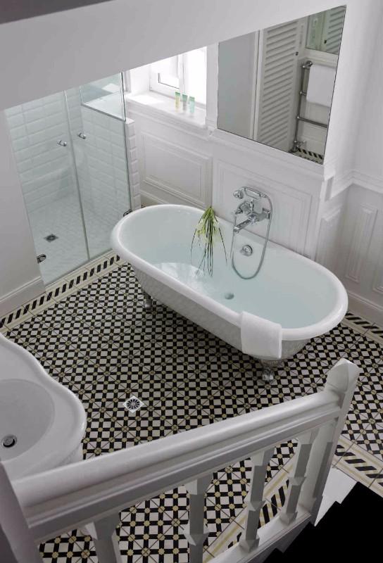 Château-Hôtel-Spa-Grand-Barrail-salle-de-bain-2-saint-émilionb