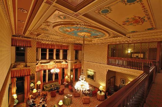 phantastic-ceiling-lustres